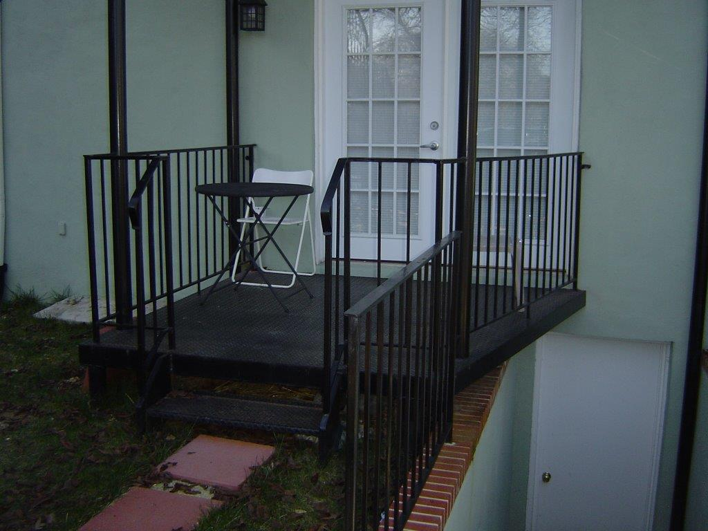 Porch with rails