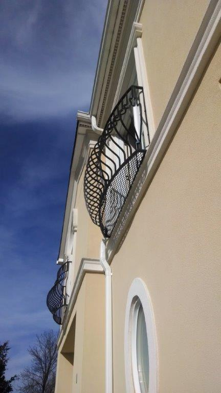 Decorative balcony rail