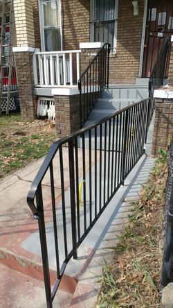 Walkway rail