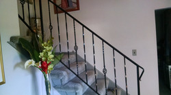 Interior rail w/ bird basket