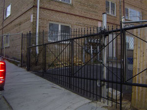 Driveway Gate w/ Spears