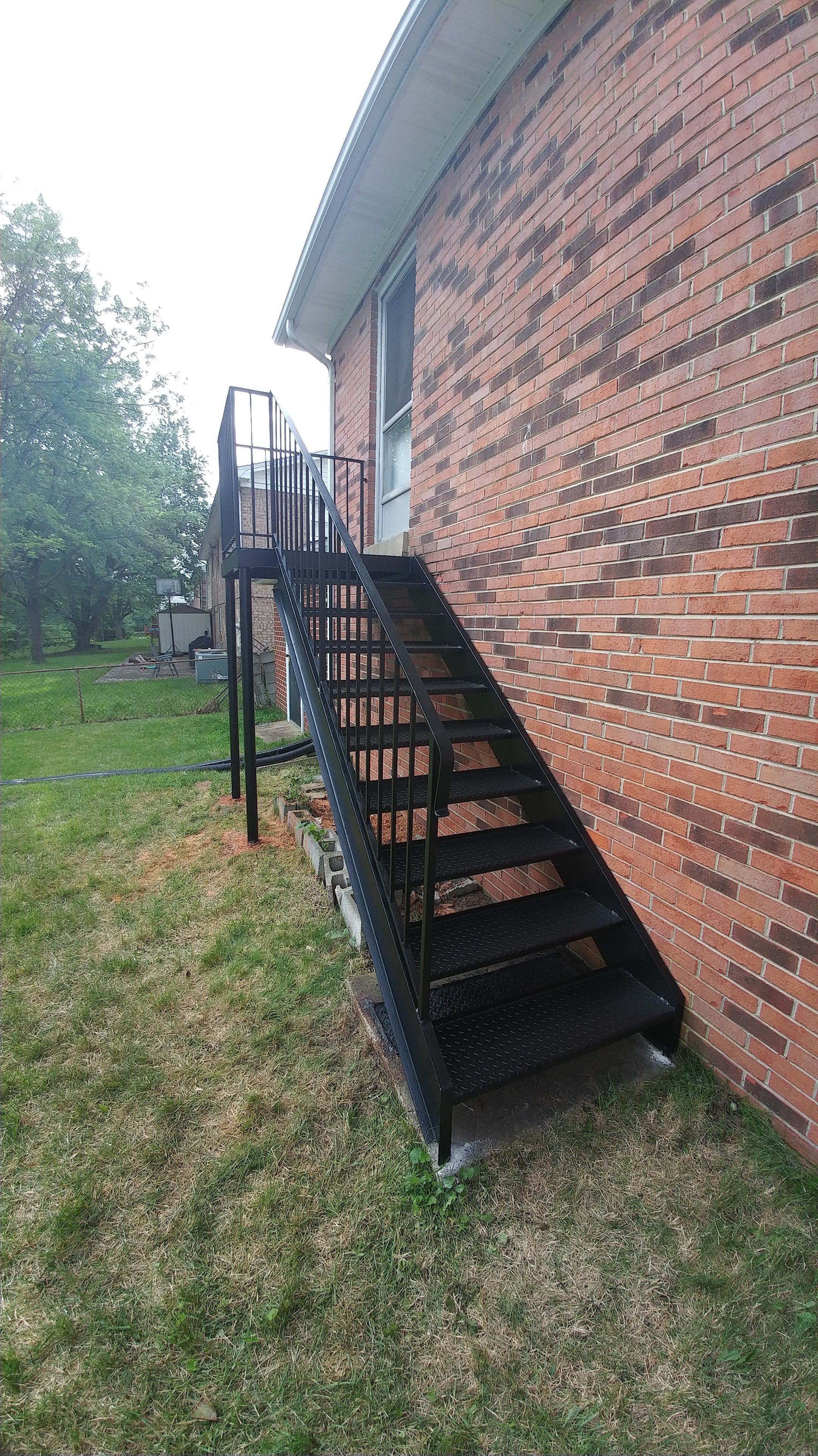 Rear deck/stairs