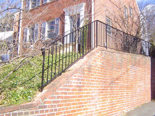 Coping wall rail