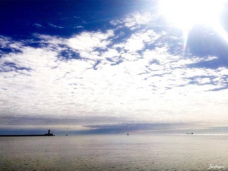 Nr.68 Blick von der Westmole im sassnitzer Hafen auf Ostmole und Leuchtturm