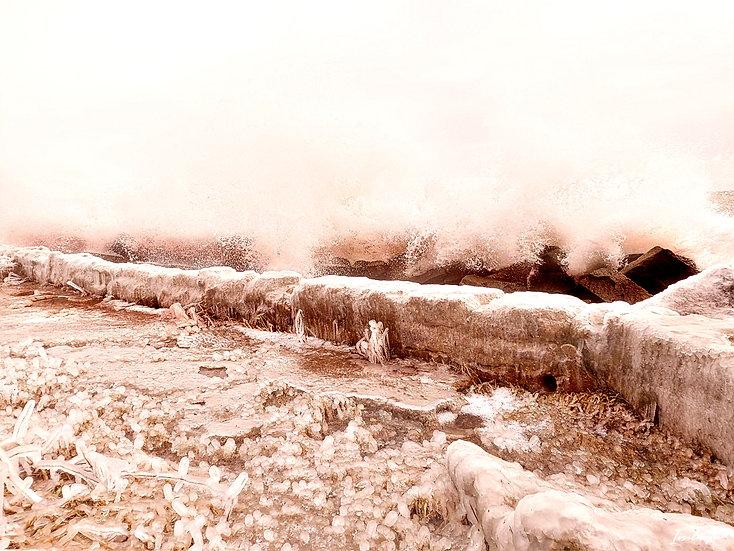 Nr.240 Wellen schlagen gegen die gefrorene Steinpackung sassnitzer Hafen