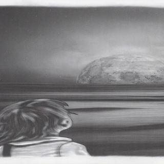 kleiner Junge schaut zum Mond