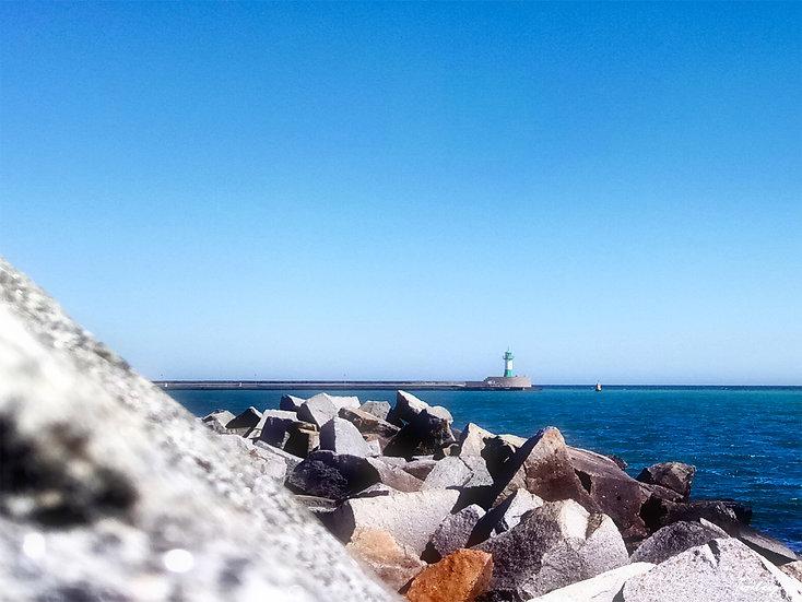 Nr.73 Blick von der Steinpackung am Fischwerk auf die Ostmole und den Leuchtturm