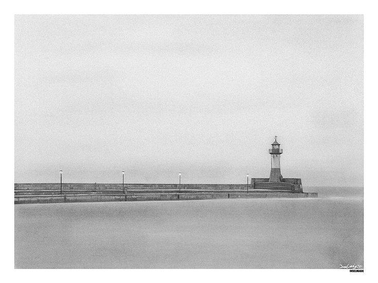 Nr.39  - Leuchtturm am Morgen im Hafen von Sassnitz