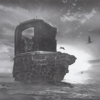 alte Ruine am Kap Arkona in der Morgensonne