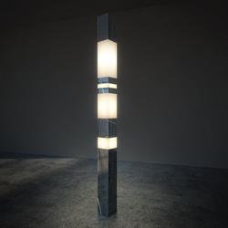 THE LIGHT ELEMENT