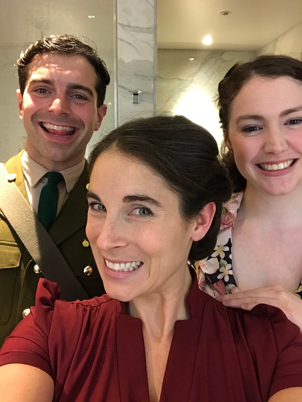 actors people smiling 1940s clothes