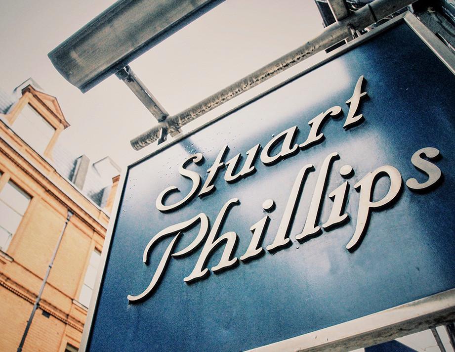 Stuart Phillips hairdresser sign
