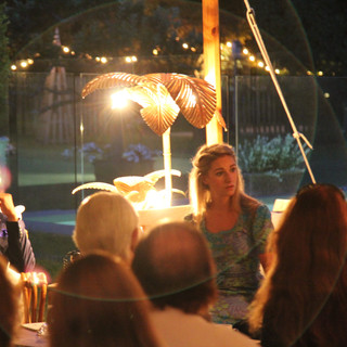 Summer-party-unusual-ideas-entertainers-
