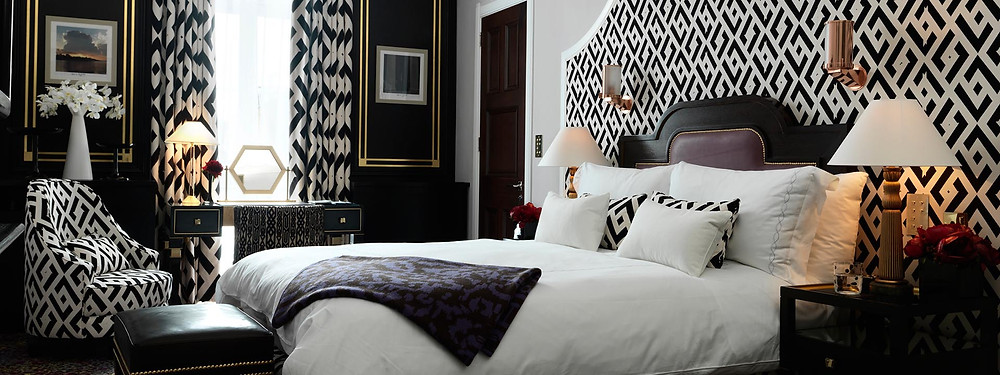 prince alexander suite grand piano claridges bedroom