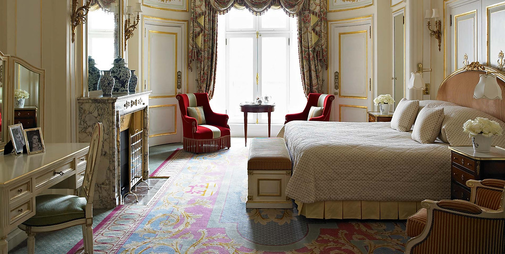 trafalgar suite ritz hotel notting hill film scene