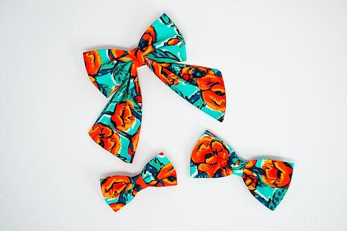 Abstract Poppy - Bow