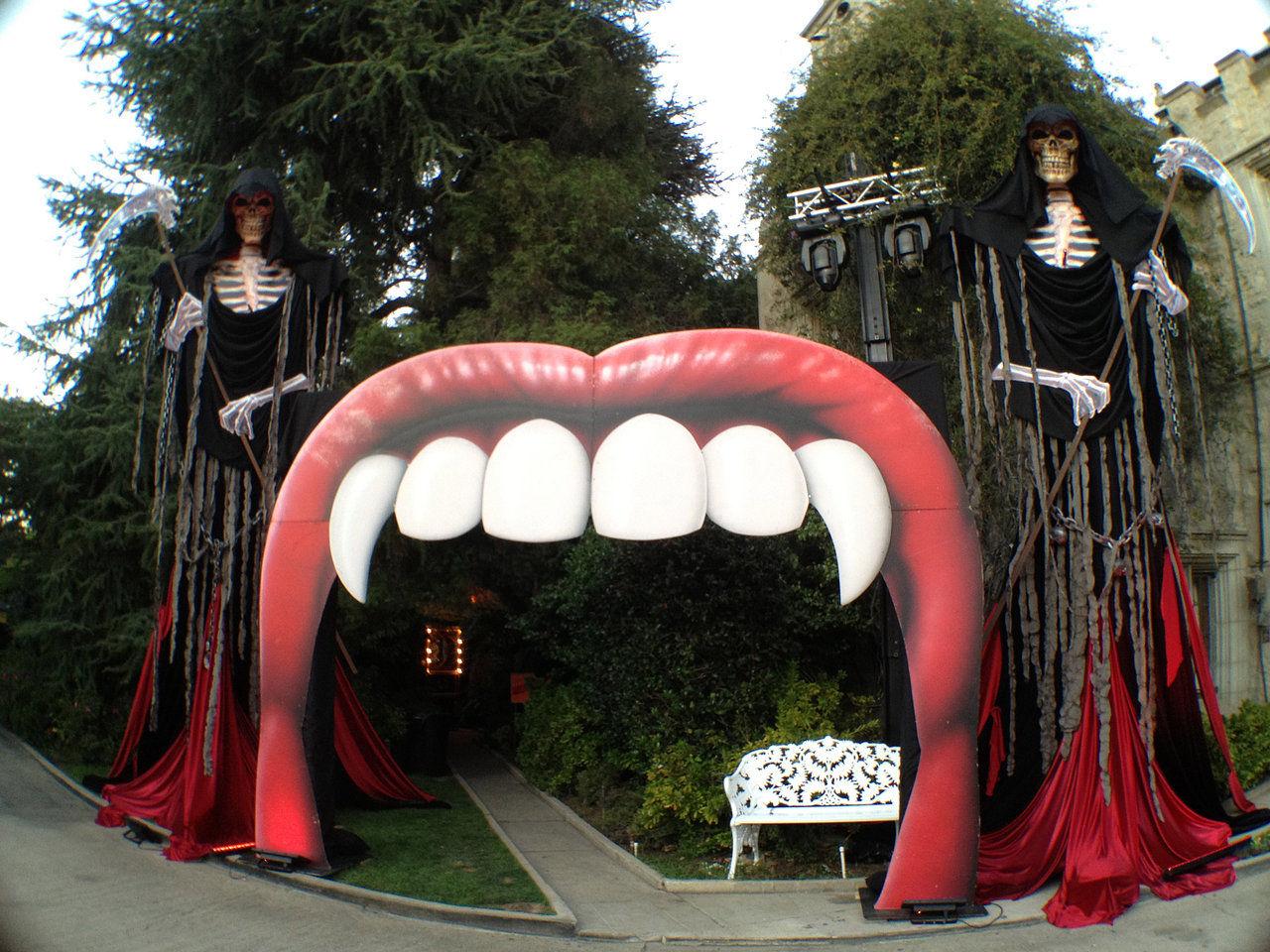 playboy halloween entrance.jpg