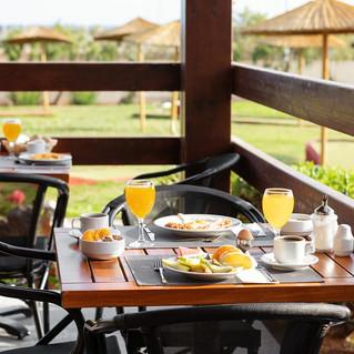 34 Marina Beach - Breakfast terrace 2.jpg