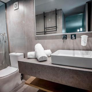 59 Marina Beach - Family Room Bathroom.jpg