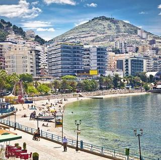wakacje-w-albanii-zwiedzanie-450088388-570-428.jpeg