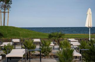 7fb9149710976939acd72a4f758446ee_Wave_Resort_relax_zone_2.jpeg