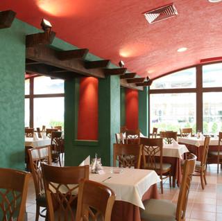 Hrizantema-Chicken-Restaurant.jpg
