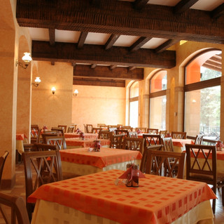 Hrizantema-Fish-Restaurant.jpg
