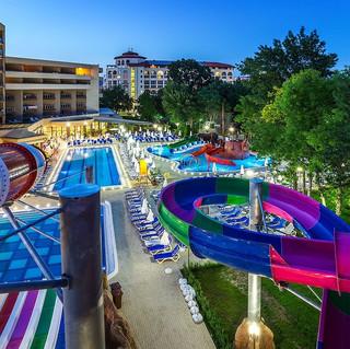 laguna-park-aquapark-806155715-1200-800.jpeg
