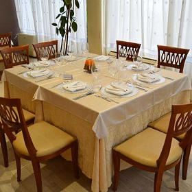 akropoli-restauracja-829101281-280-280.jpeg