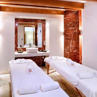 18 Blue Sea Beach - Massage Room.jpg