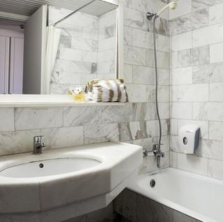 45 Marina Beach - Bathroom 1.jpg