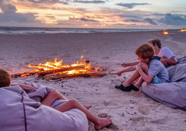 Beach bonfires Tamanu on the Beach.jpg