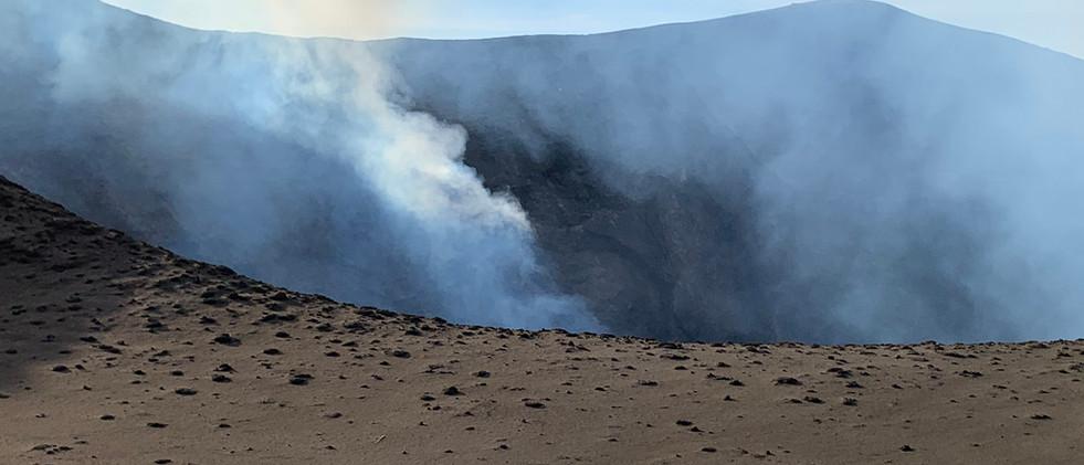 Volcano Tours.jpg