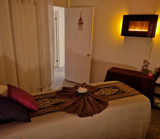 Aroma Oil and Relaxation Massage Room