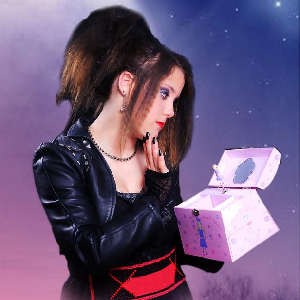 Cindy Played By Rhiannon Baker, 15.jpg