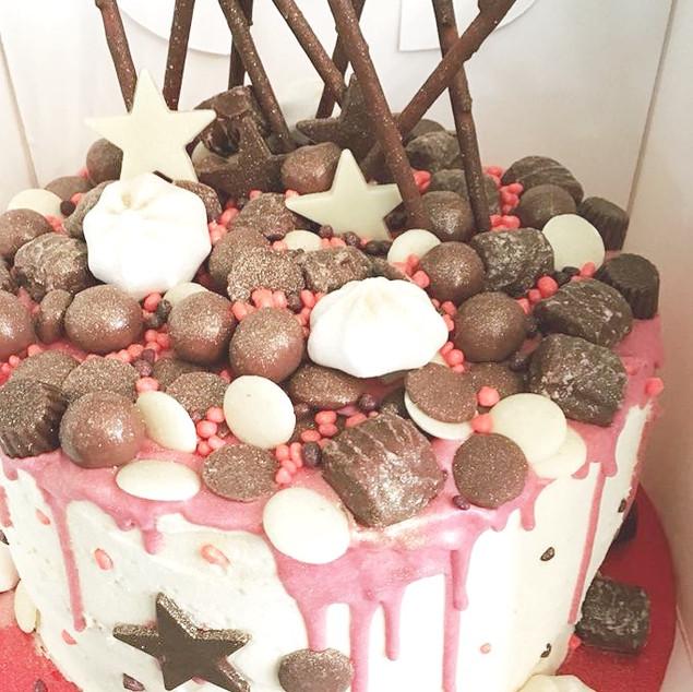 Chocolate Drippy cake