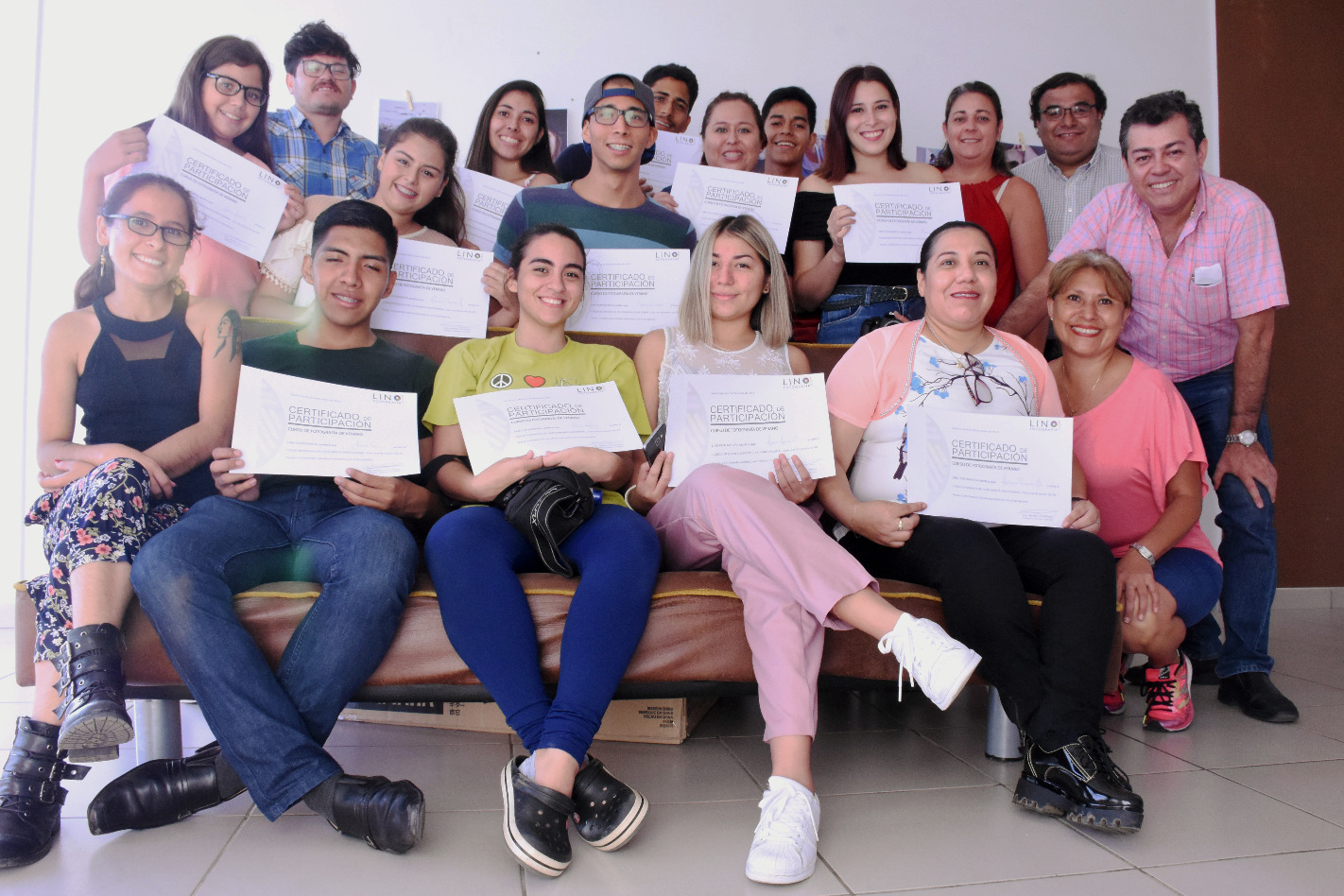 Entrega certificados curso vacacional