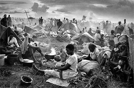 Tutsi refugees 1994 (Credit: Sebastaio Salgado).jpg