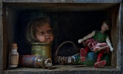 Placard aux poupées, Joel Cadiou