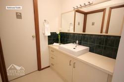 16 - Bathroom Wash
