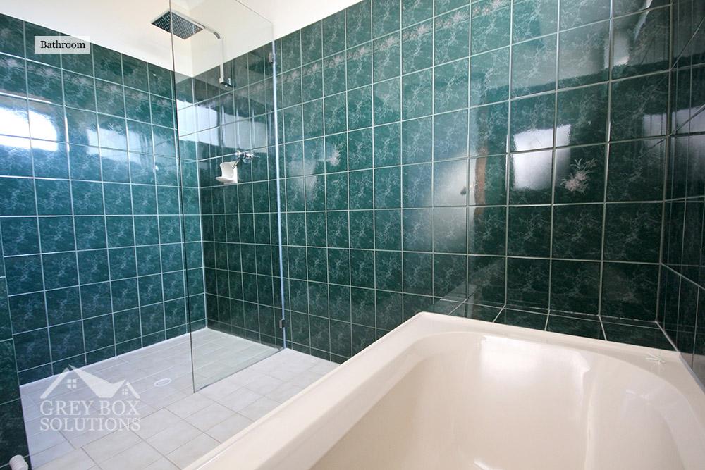 17 - Bathroom