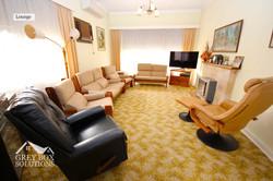 2 Lounge