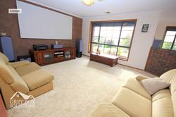 2 Lounge 1