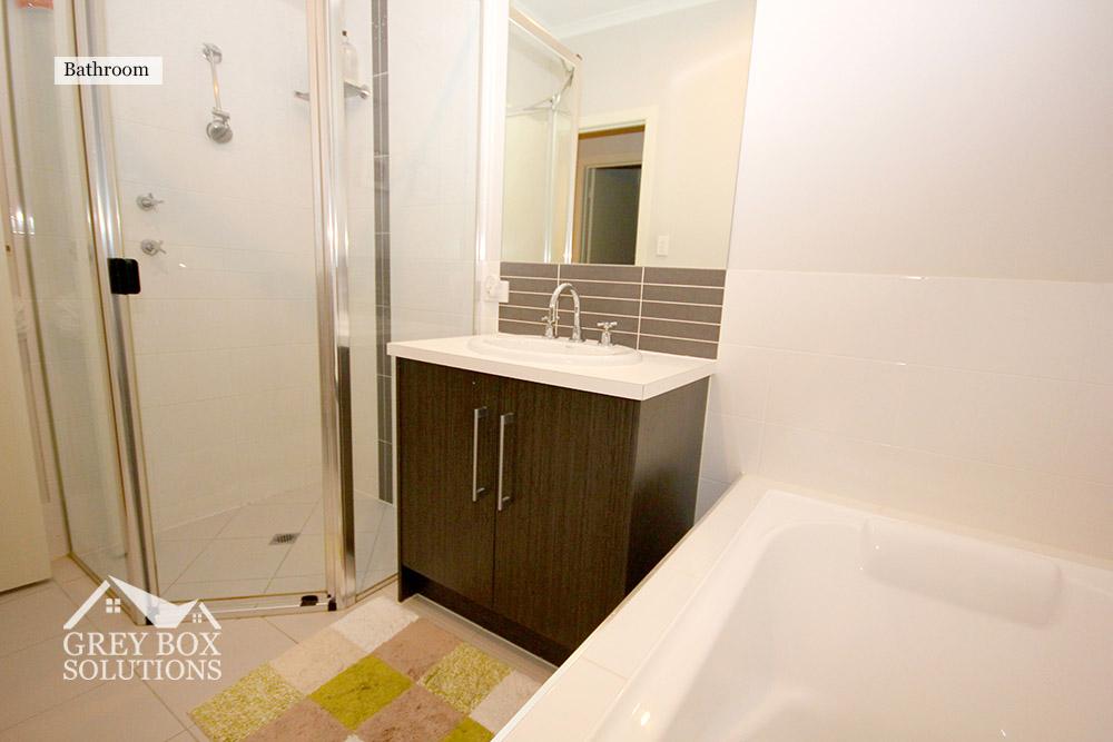 9 Bathroom2