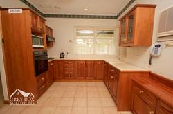 4 Kitchen 1