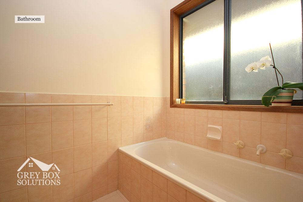 17 Bathroom 2