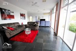 5 Lounge