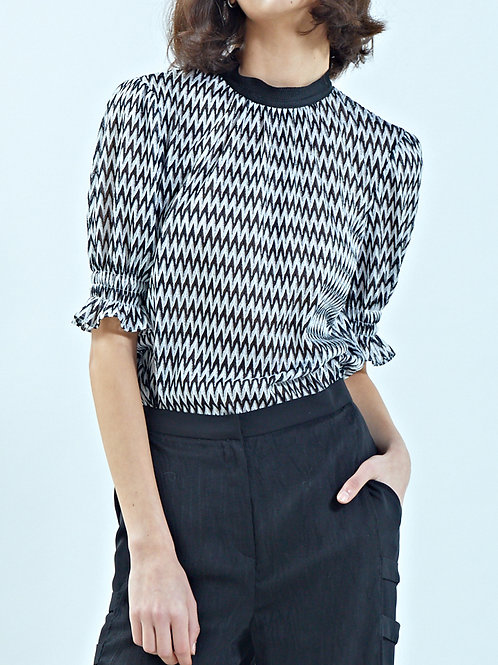 PUFF SLEEVE WAVE-PATTERN BLOUSE