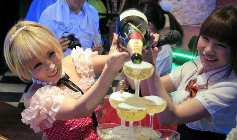 主催ぴよひな シャンパンタワーに挑戦!