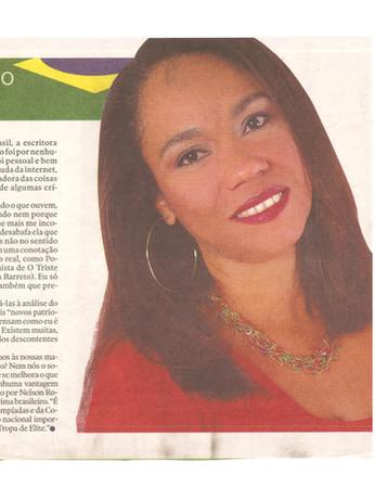 Carla Revista AG A Gazeta ES.jpg